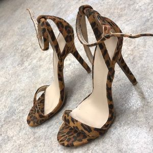 leopard print heels WILL ACCEPT OFFERS!!!